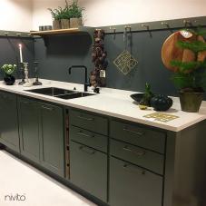 黑色 厨房水龙头 - Nivito 14-RH-320